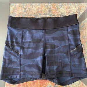 Lululemon Camo Shorts Size 4